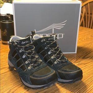 Dansko Paxton suede hiking boot